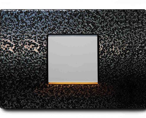 L'interruttore con luce incorporata offre una nuova possibilità di attenuare l'illuminazione in qualsiasi spazio.